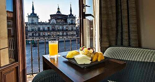 Guía Gastronómica de León con la Semana Santa Hotel NH-3