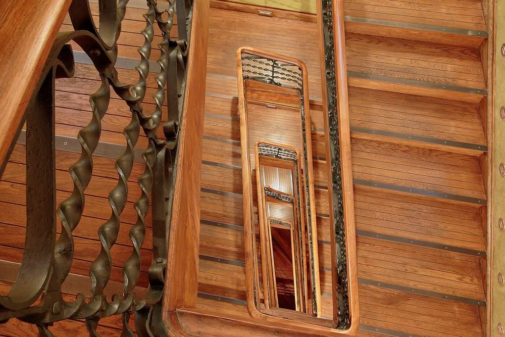 Escaleras - Museo Casa Botines