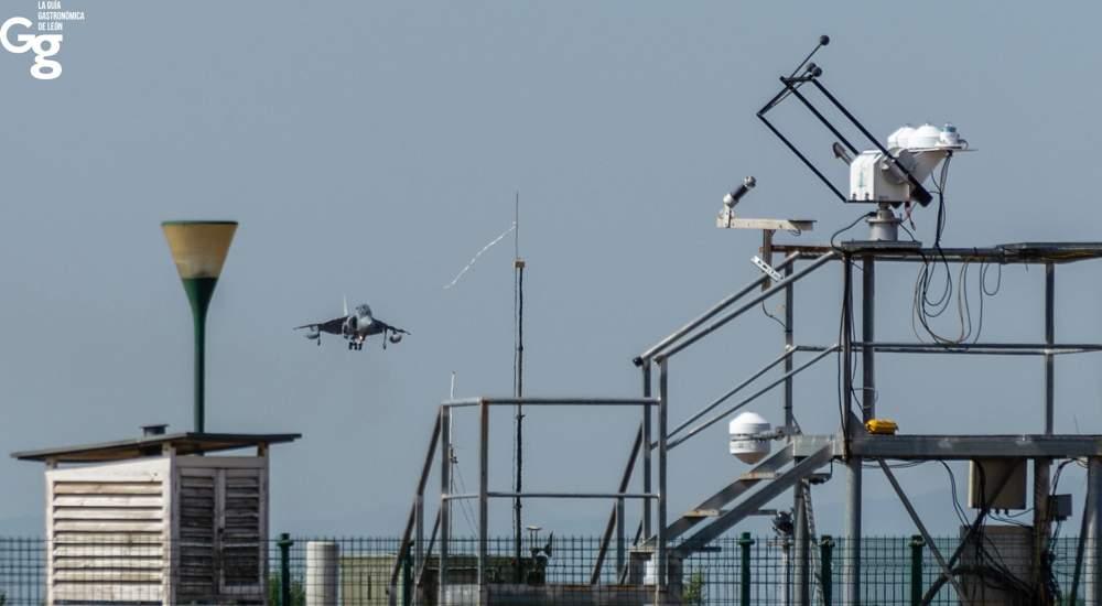 Aterrizaje Harrier Aeródromo Militar de León