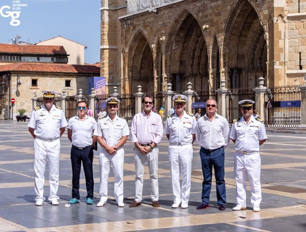 Guía Gastronómica de León IX Escuadrilla de la Armada Española-2