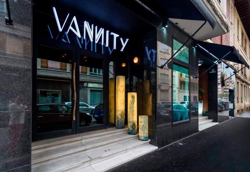 Vannity Luxury Hall - 1