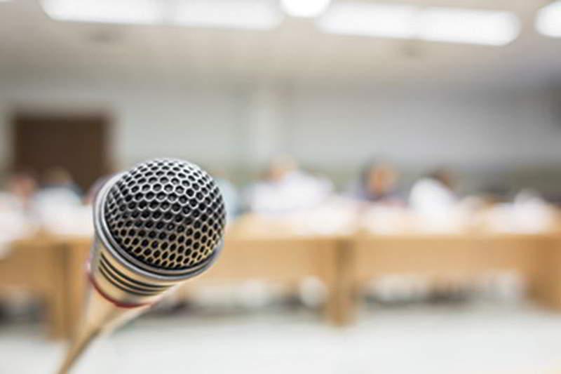 Micrófono Congresos